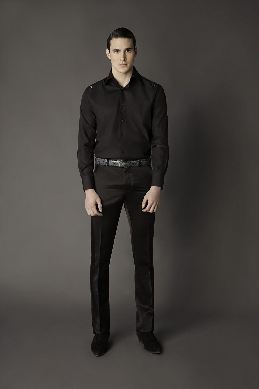 Colour: Black - Silver Fabric: Cotton - Metal studs