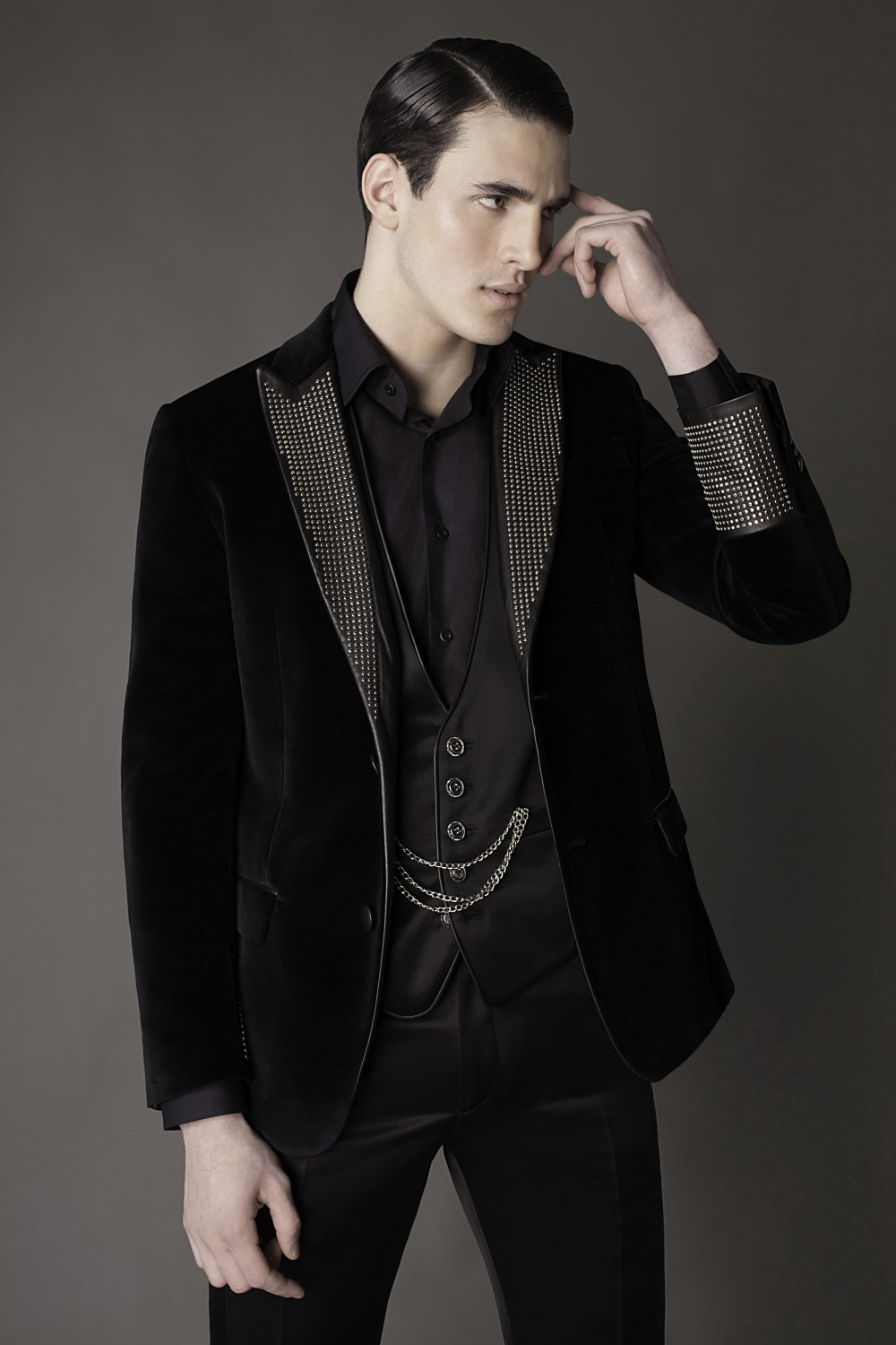 Colour: Black - Silver Fabric: Cotton - Leather - Metal studs Lining: Viscose