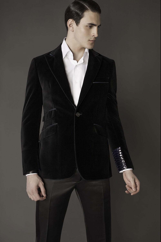 Colour: Black - Navy Fabric: Cotton velvet - Reticulated python Lining: Viscose