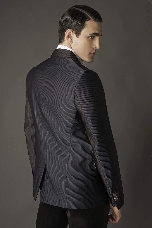 Colour: Navy - Black Fabric: Caneté - Double duchess silk satin Lining: Viscose