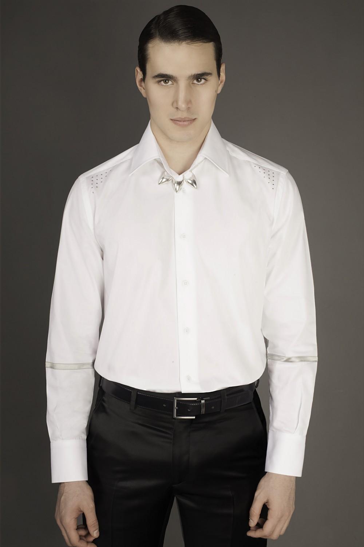 Colour: White - Silver Fabric: Cotton - Metal studs