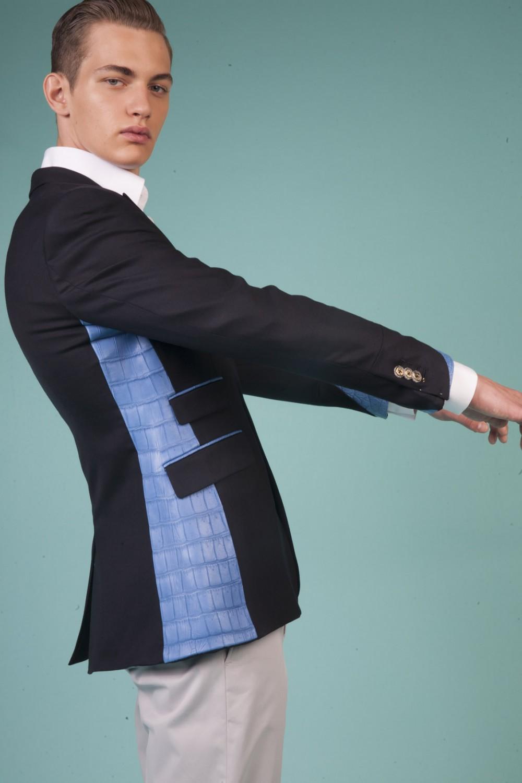 Colour: Midnight blue - Cobalt blue Fabric: Stretch wool - American Alligator Lining: Viscose