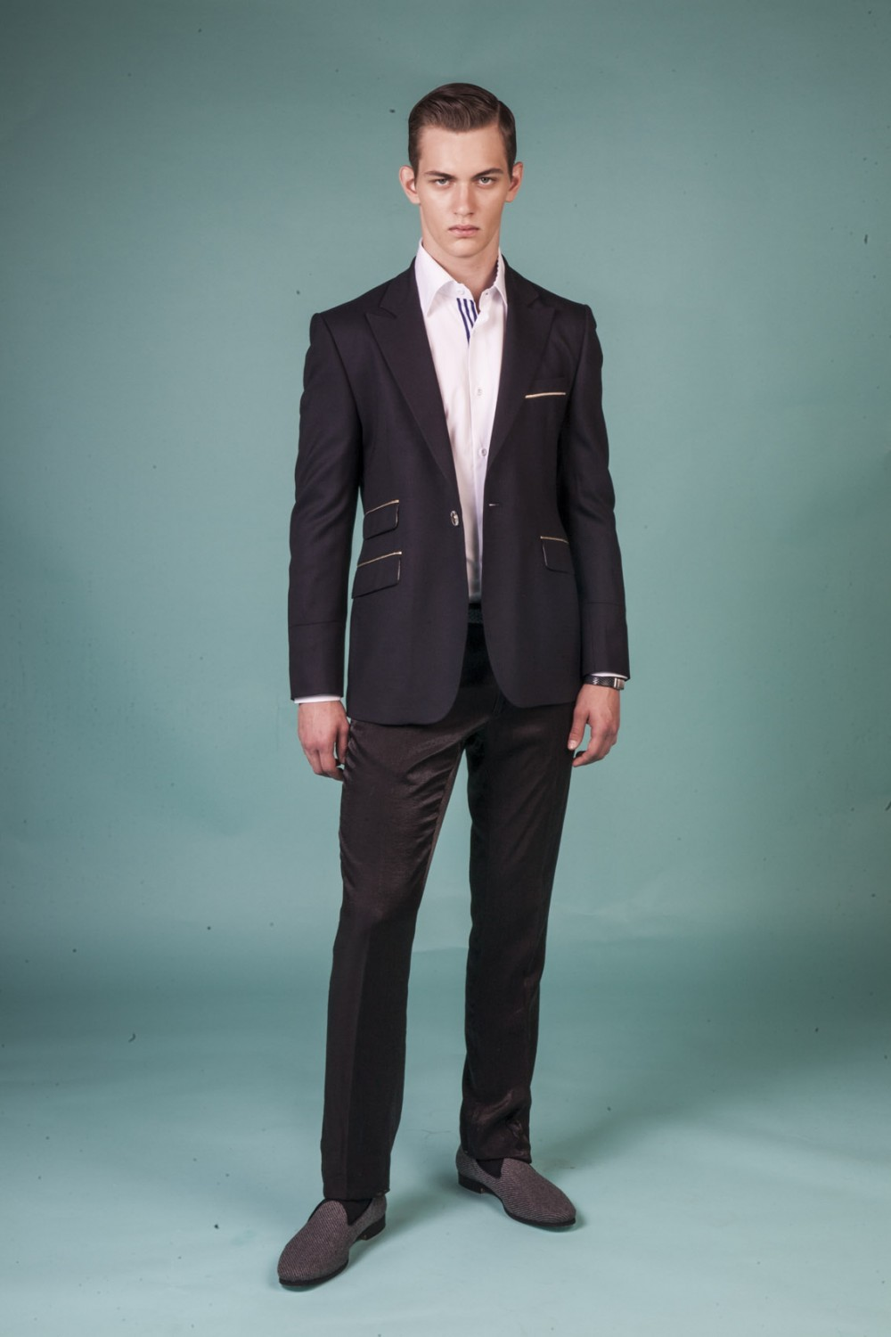 Colour: Midnight blue - Golden piping Fabric: Stretch wool - Golden stretch cotton Lining: Viscose