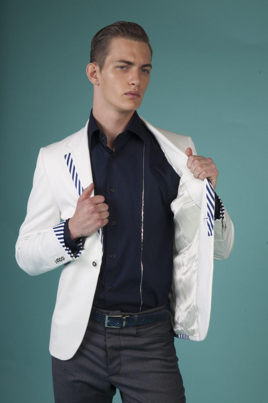Colour: White - Navy/white stripes Fabric: Stretch cotton - Cotton Lining: Viscose
