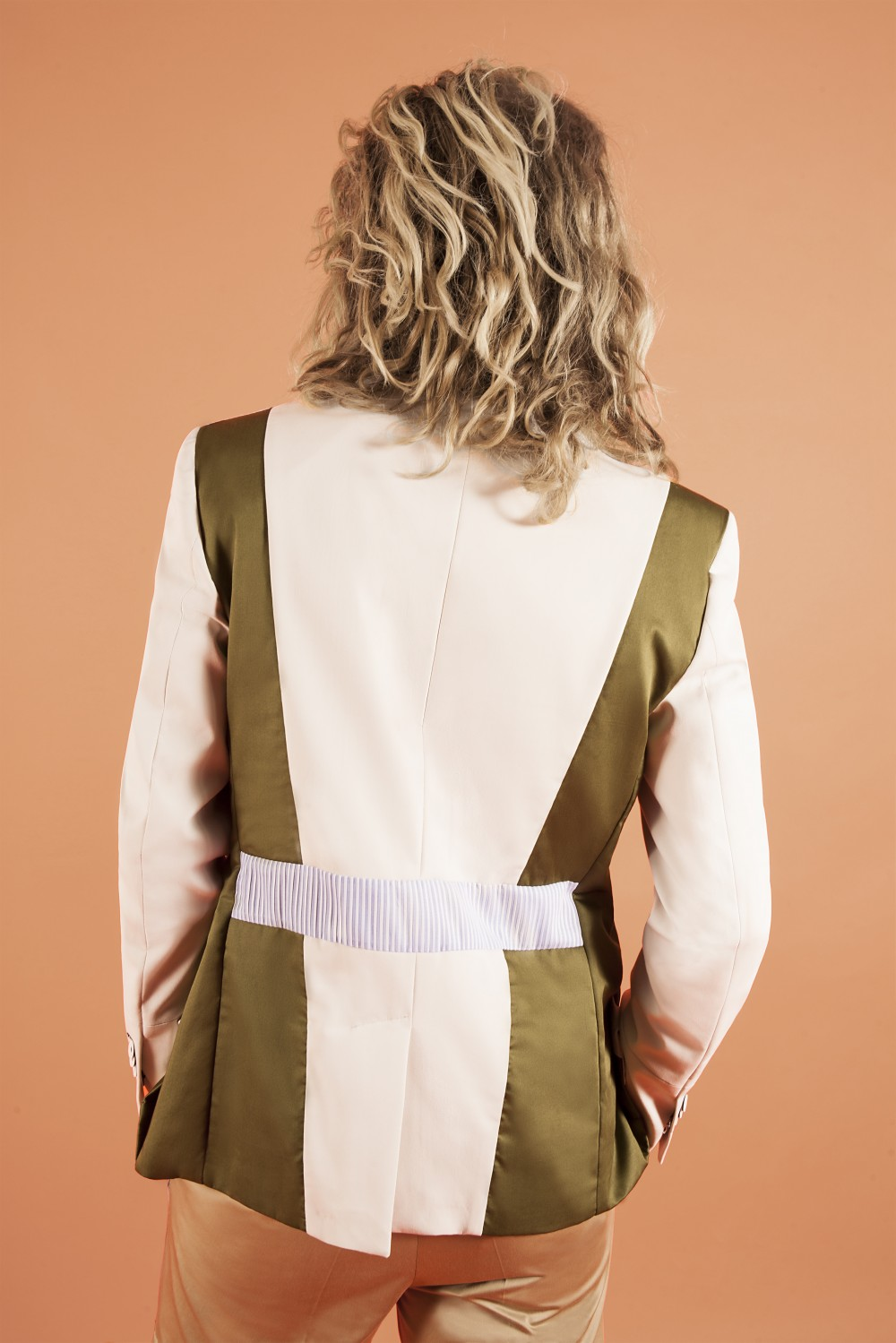 Chalk - Military green - Light blue stripes Stretch cotton - Cotton - Seersucker Half lining : Viscose